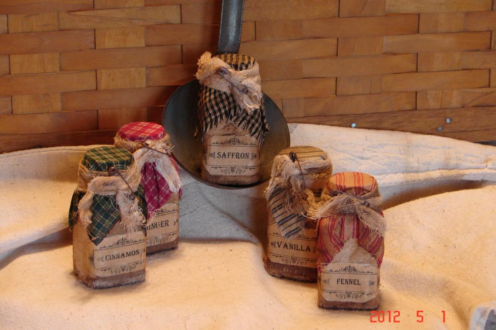 Primitive Spice Jars Set of 5